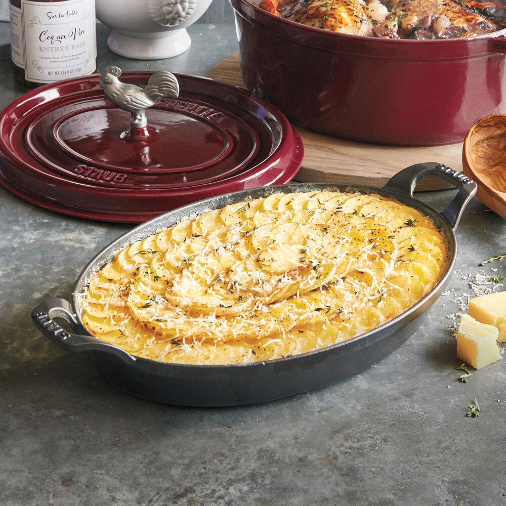 Staub Oval Roasting Dish, 2.25 qt.