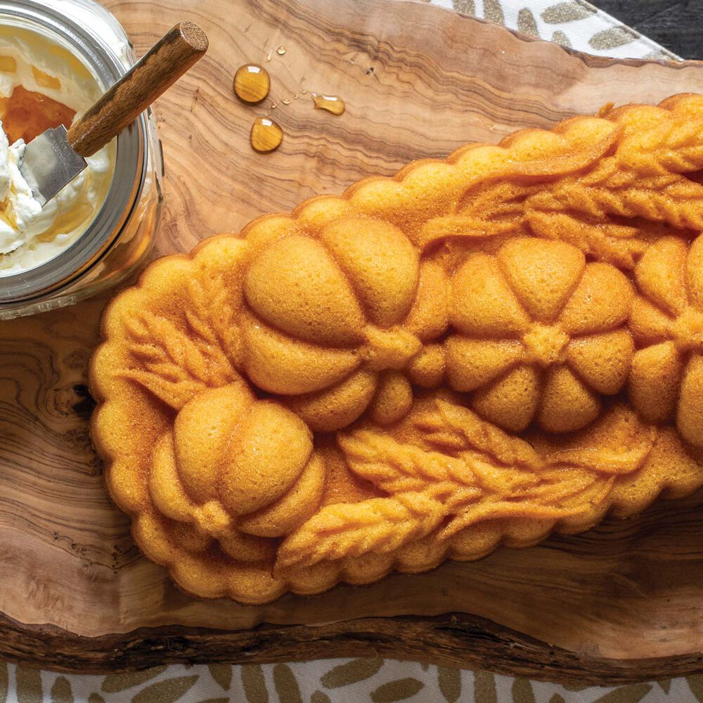 Nordic Ware Wheat and Pumpkin Loaf Pan
