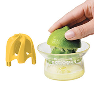 Chef'n Juicester Jr. Citrus Juicer