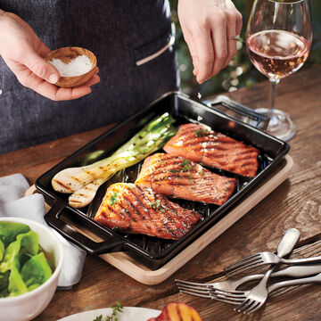 Pro-Ceramic Grill Pan with Wood Trivet
