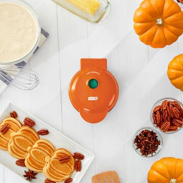 Dash Orange Pumpkin Mini Waffle Maker