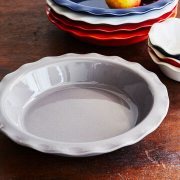 Emile Henry Traditional Pie Dish, 9""