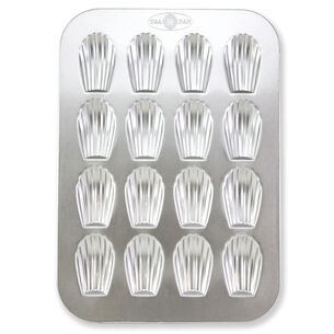 USA Pan Madeleine Pan, 16 Count