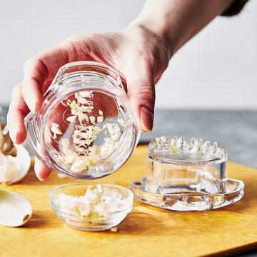 Zyliss Garlic & Root Mincer