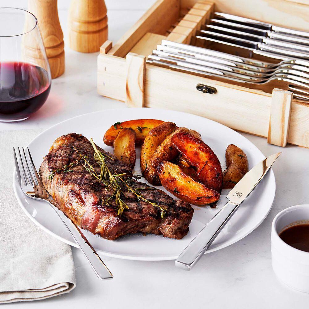 Zwilling 12-Piece Steak Dinner Set