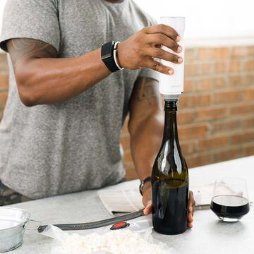 Zwilling Fresh & Save Vacuum Wine Sealer