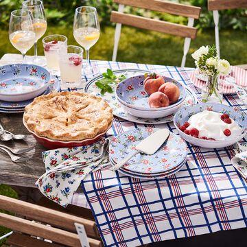 Summerhouse 12-Piece Dinnerware Set