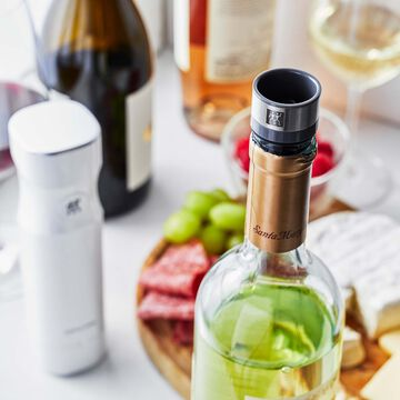 Zwilling Fresh & Save 3-Piece Vacuum Wine Sealer Set