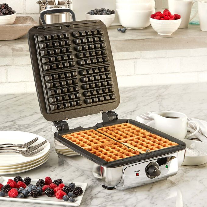 All Clad 4-Square Belgian Waffle Maker with Removable Plates