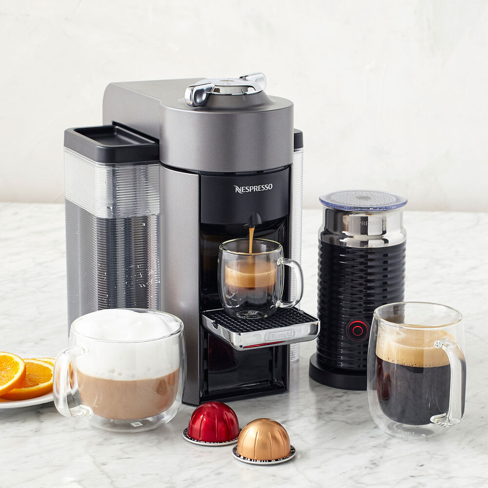Nespresso Evoluo Deluxe by De'Longhi with Aeroccino3 Frother, Titan