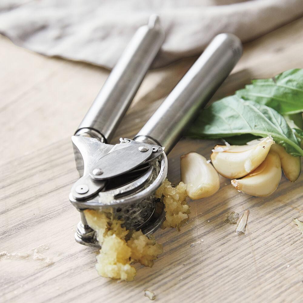 Rösle Garlic Press