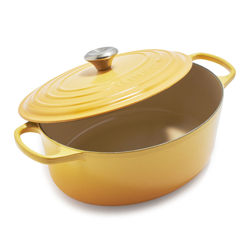 Le Creuset Signature Oval Dutch Oven, 6.75 qt.