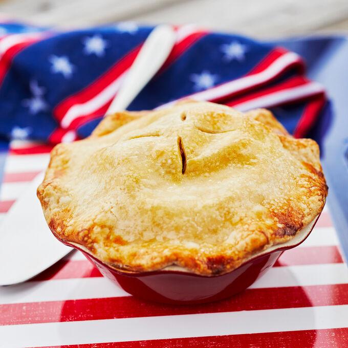 Emile Henry Mini Pie Dish