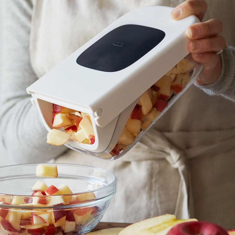 OXO Good Grips Vegetable Chopper with Easy-Pour Opening