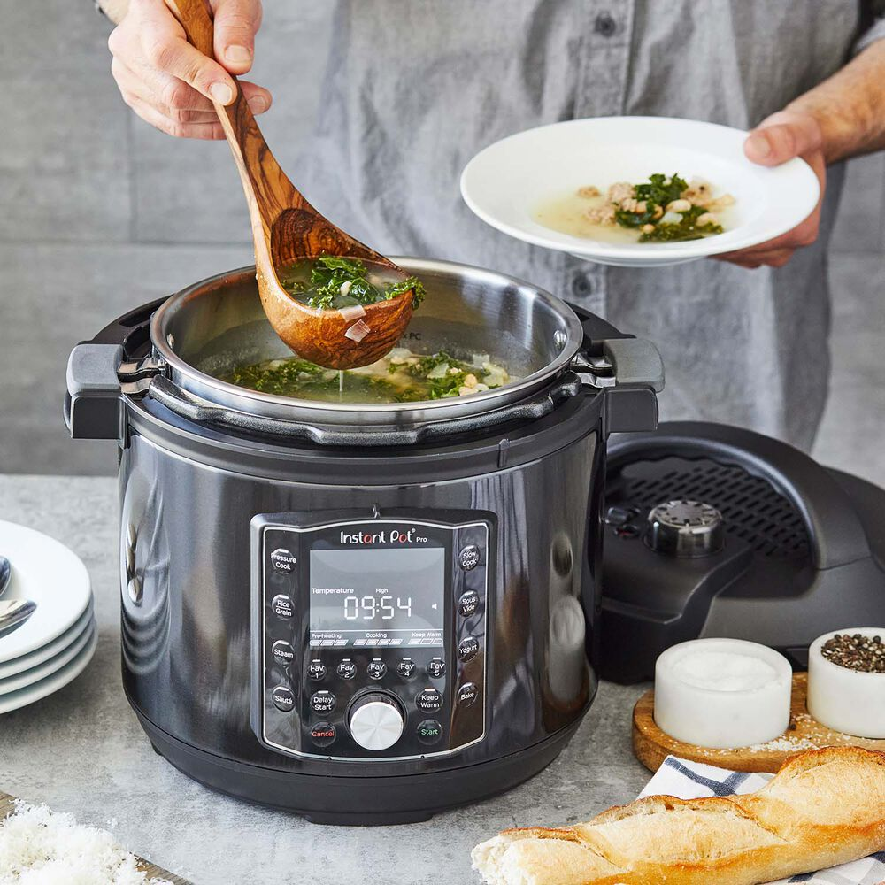 Instant Pot Pro Multi-Use Pressure Cooker