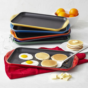 Le Creuset Extra-Large Double-Burner Griddle
