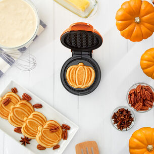 Dash Orange Pumpkin Mini Waffle Maker