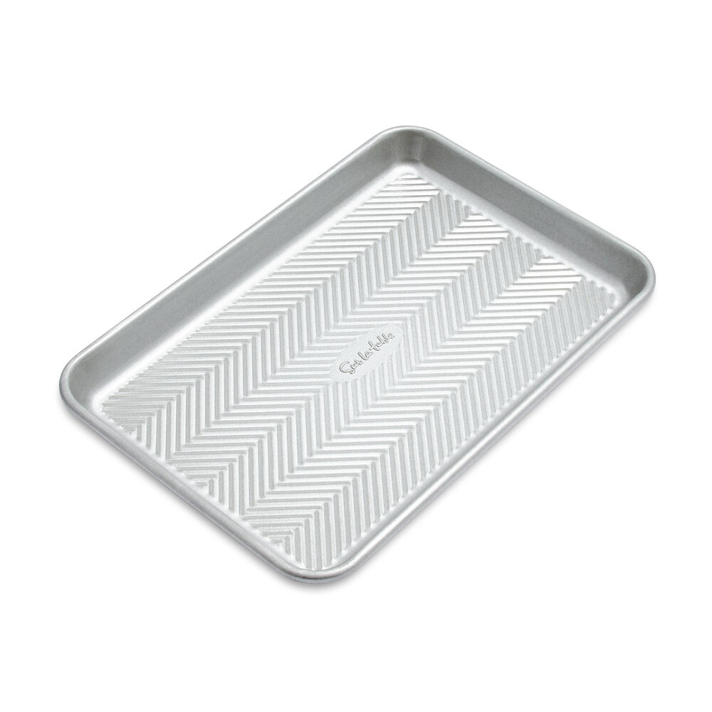 Sur La Table Silver Classic Quarter Sheet Pan