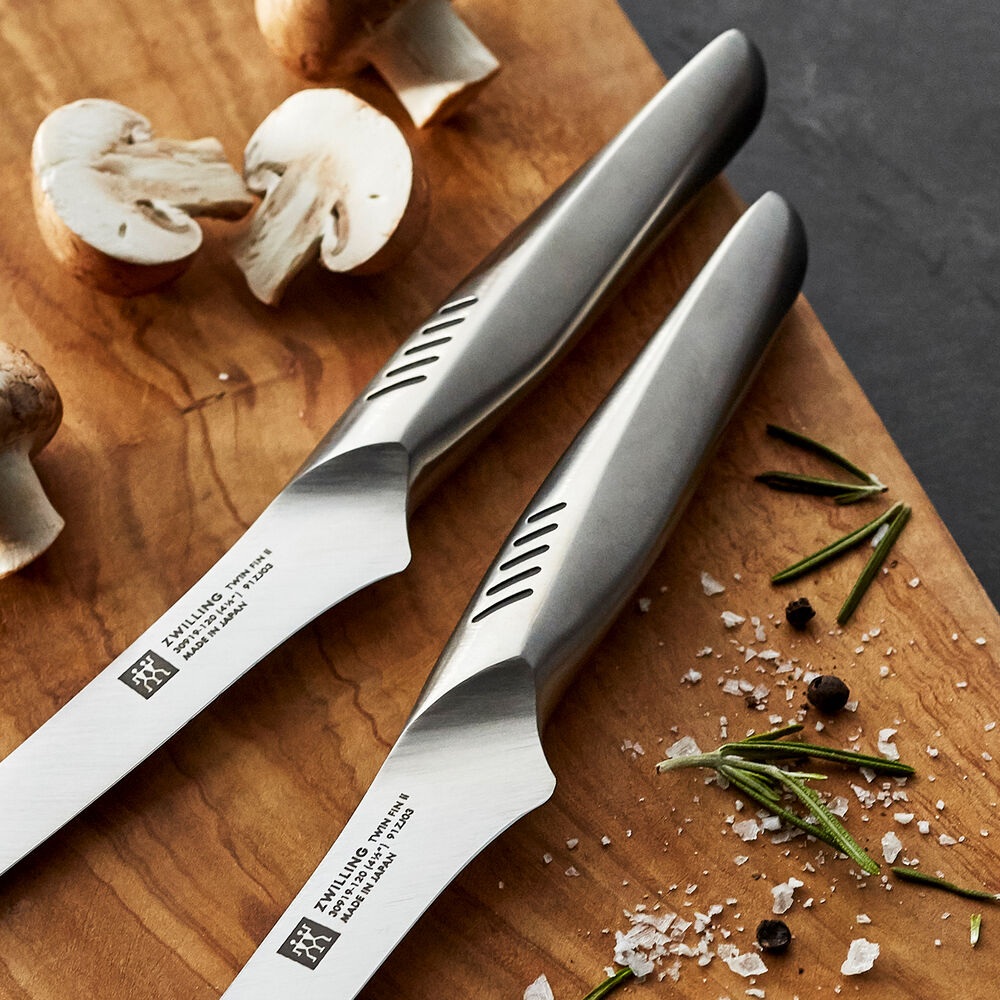 Zwilling J.A. Henckels Twin Fin Air Steak Knives, Set of 2
