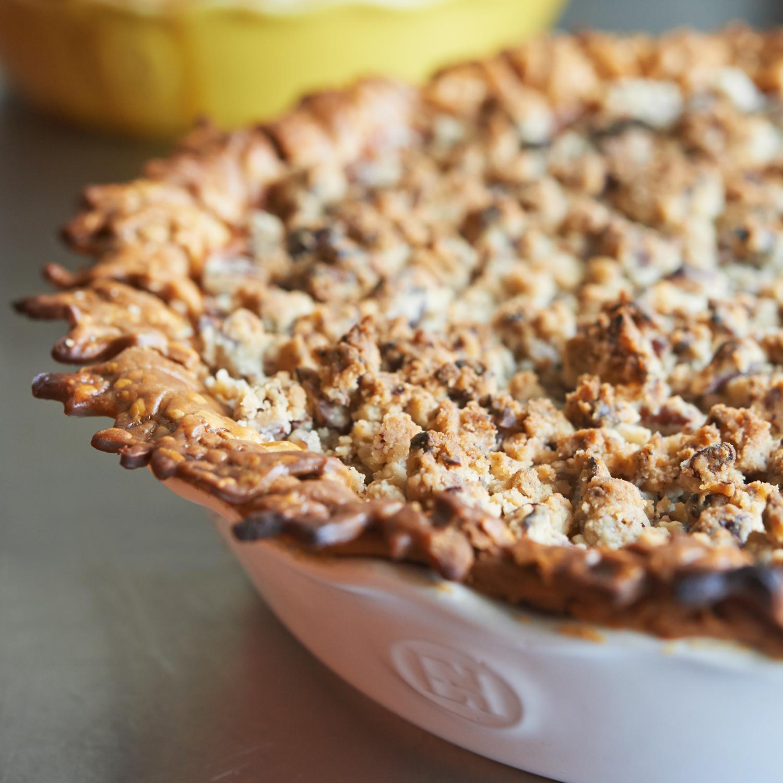 Sweet Potato Pie With Pecan Streusel Recipe Sur La Table
