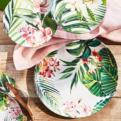 Outdoor Dinnerware Sale up to 50% off