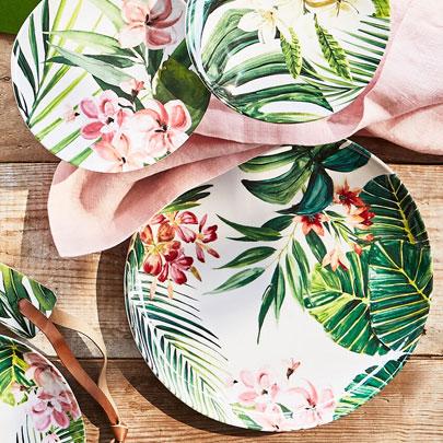 Outdoor Dinnerware Sale up to 50% off