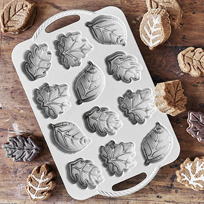 New and exclusive Nordic Ware fall pans