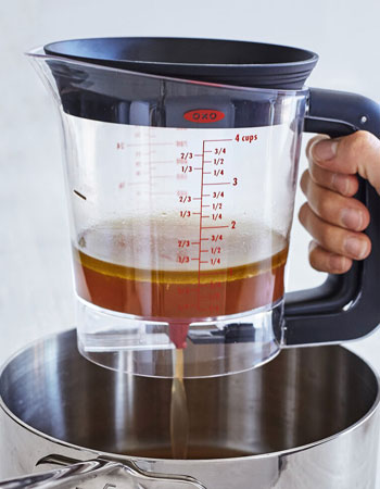 OXO GOOD GRIPS GOOD GRAVY 4 CUP FAT SEPARATOR