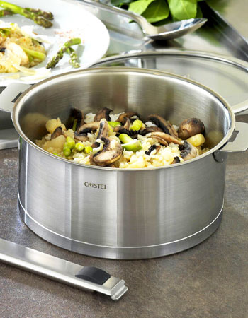 Cristel stackable cookware with removable handles