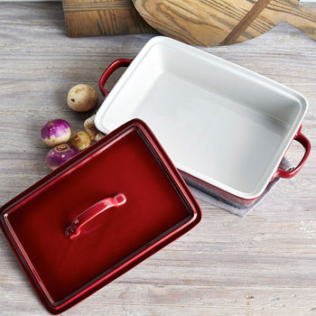 La Marque 84 Oven to Table Rectangular Casserole with Lid, 4 qt.