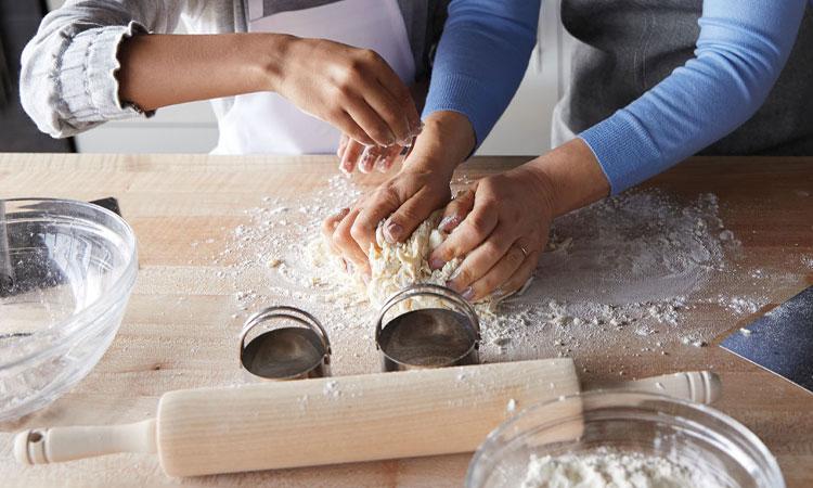 Sur La Table online cooking classes.