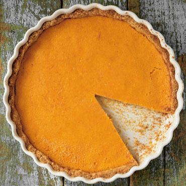 Pumpkin Cream Pie with Graham Cracker Crust
