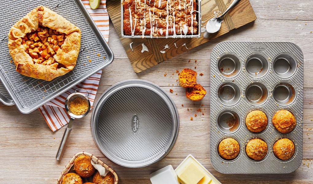 Sur La Table platinum pro bakeware
