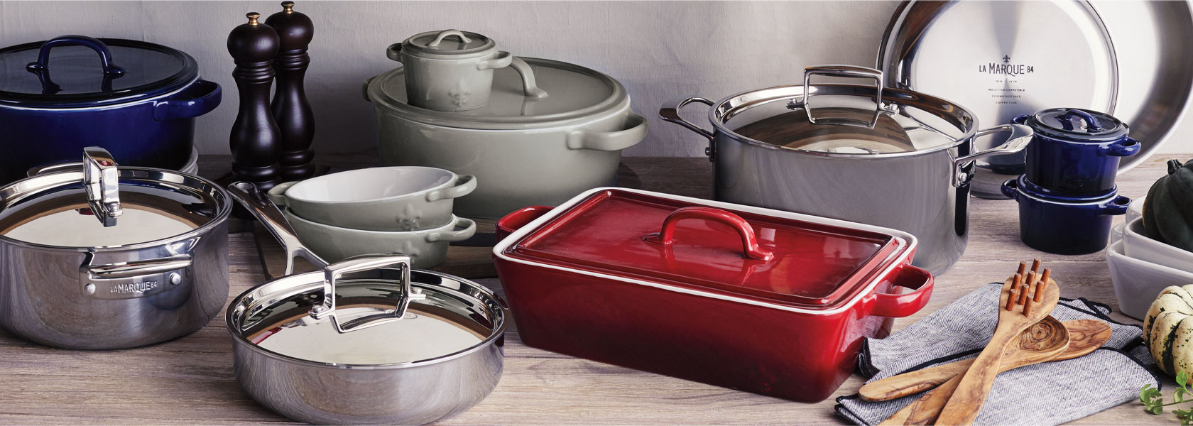 La Marque 84 cookware and serveware