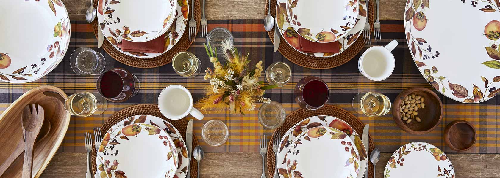 Autumn table with foraged dinnerware