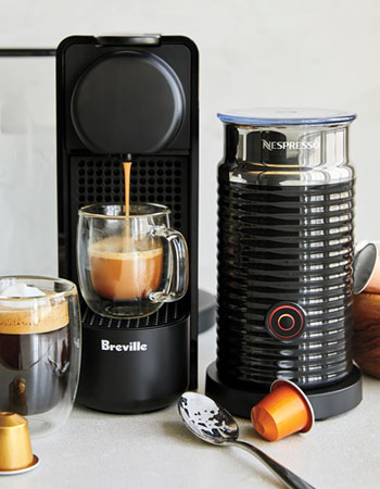 NESPRESSO ESSENZA PLUS BY BREVILLE WITH AEROCCINO 3 F