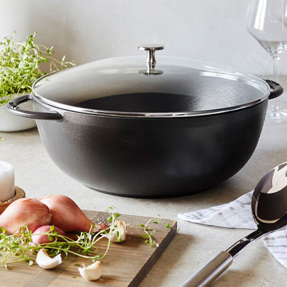 Staub Le Grande oven with glass lid