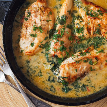 Braised Chicken with Cider, Apples and Cream